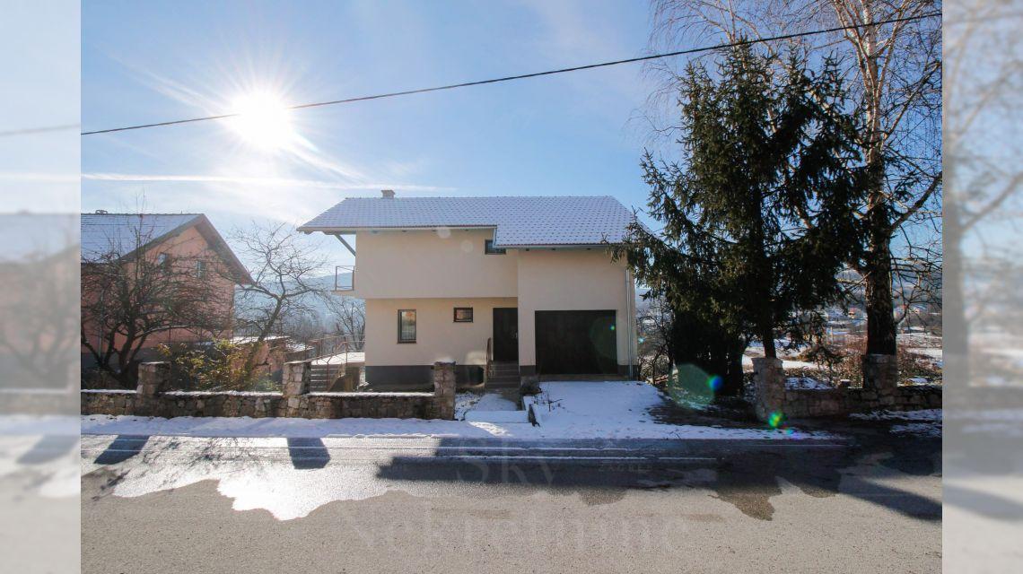 Obiteljska kuća, Prodaja, Slunj, Slunj